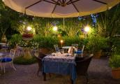 Romantic-Garden-Table-night.jpg